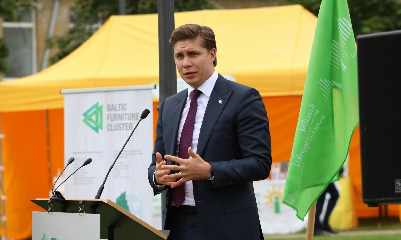 M. Sinkevičius Šiauliuose atidarė praktinių gamtamokslinių ir inžinerinių kompetencijų tobulinimo laboratoriją.